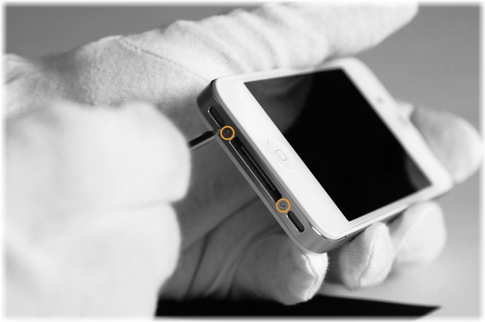 Как отключить iPhone, если он завис?
